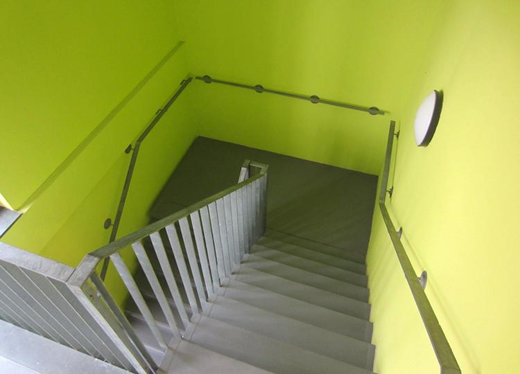 Triflex veilige en beschermde trappen en bordessen